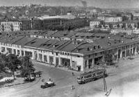 Гостинний двір у минулому столітті