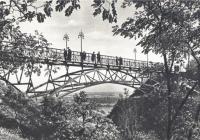 Пішохідний міст у минулому столітті