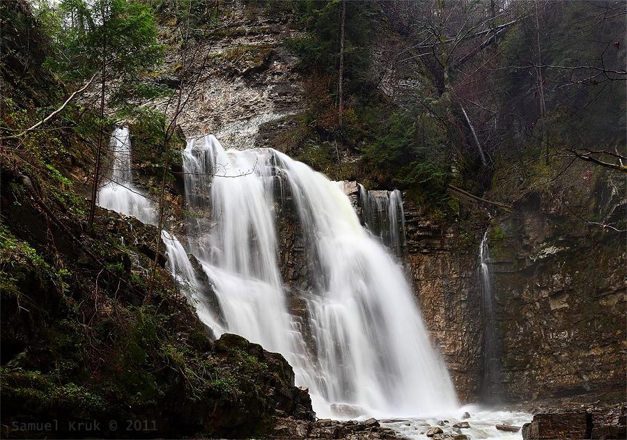 Манявський водоспад